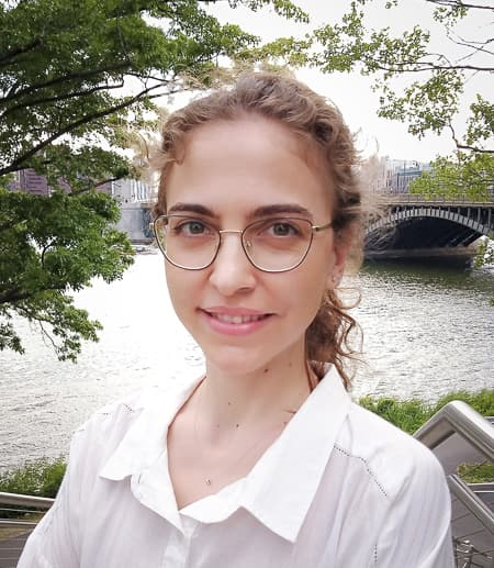 Helena Aparicio