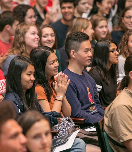 Students in Bailey Hall crowd