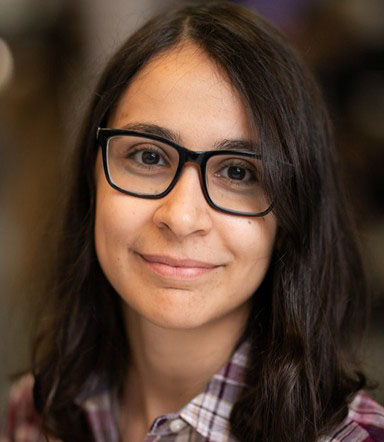 Headshot of postdoc fellow Mina Tahmasbi Arashloo