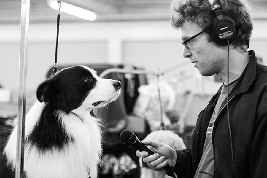 Chris Hoff interviewing a dog